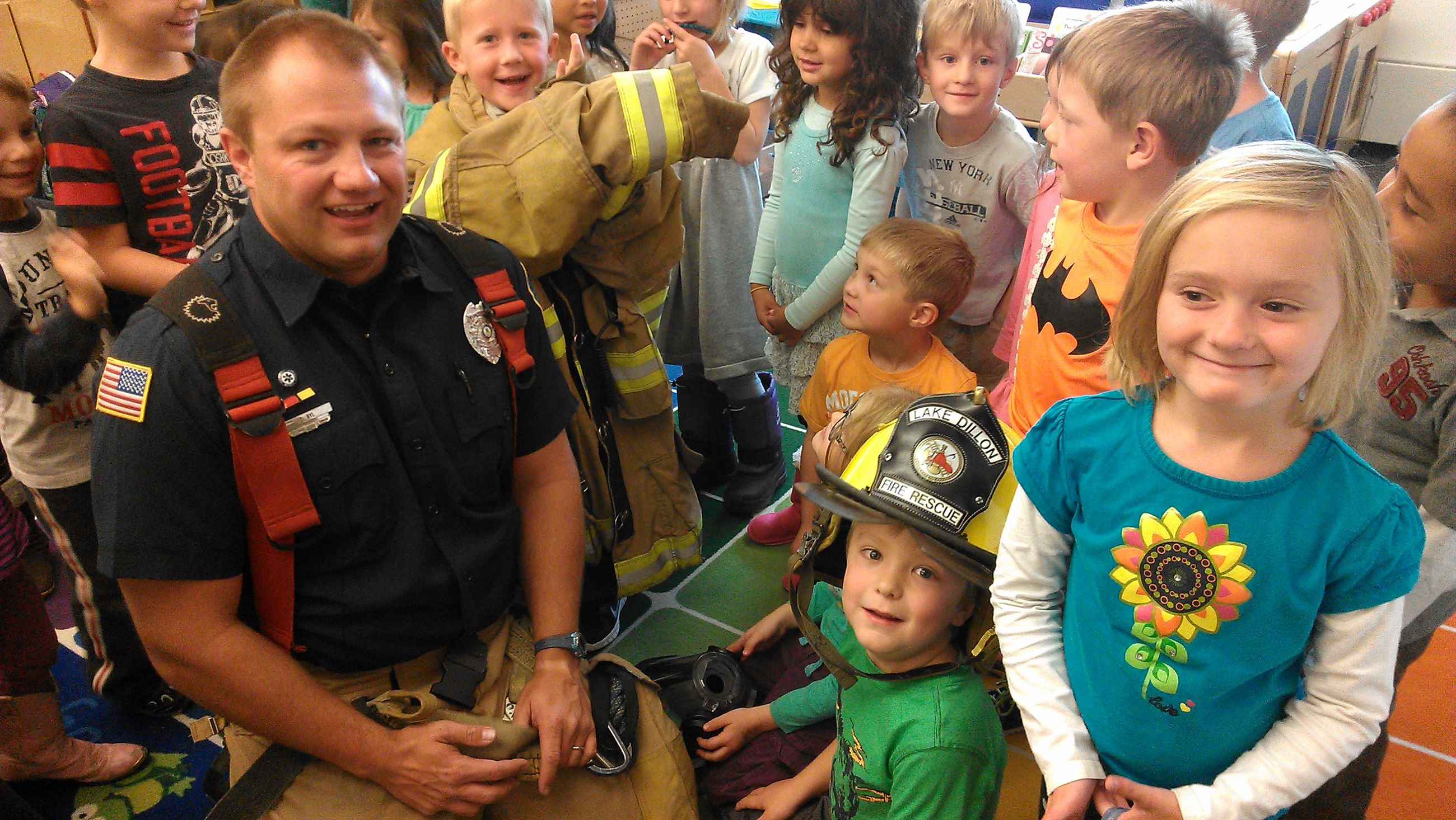 Firefighter / medic Case Byle hanging out with the kiddos